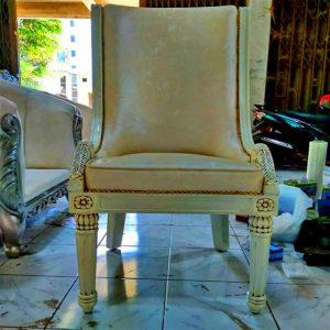 Meneriman pesanan furniture custome