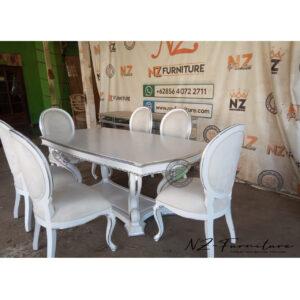 Set Furniture Mewah Ruang Makan
