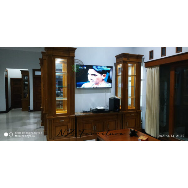 Set Bufet TV dan Lemari Pajangan